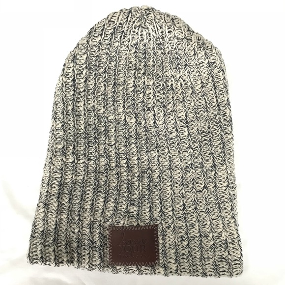 Love Your Melon Accessories - LOVE YOUR MELON Navy Speckled Beanie 45ef2c9424c